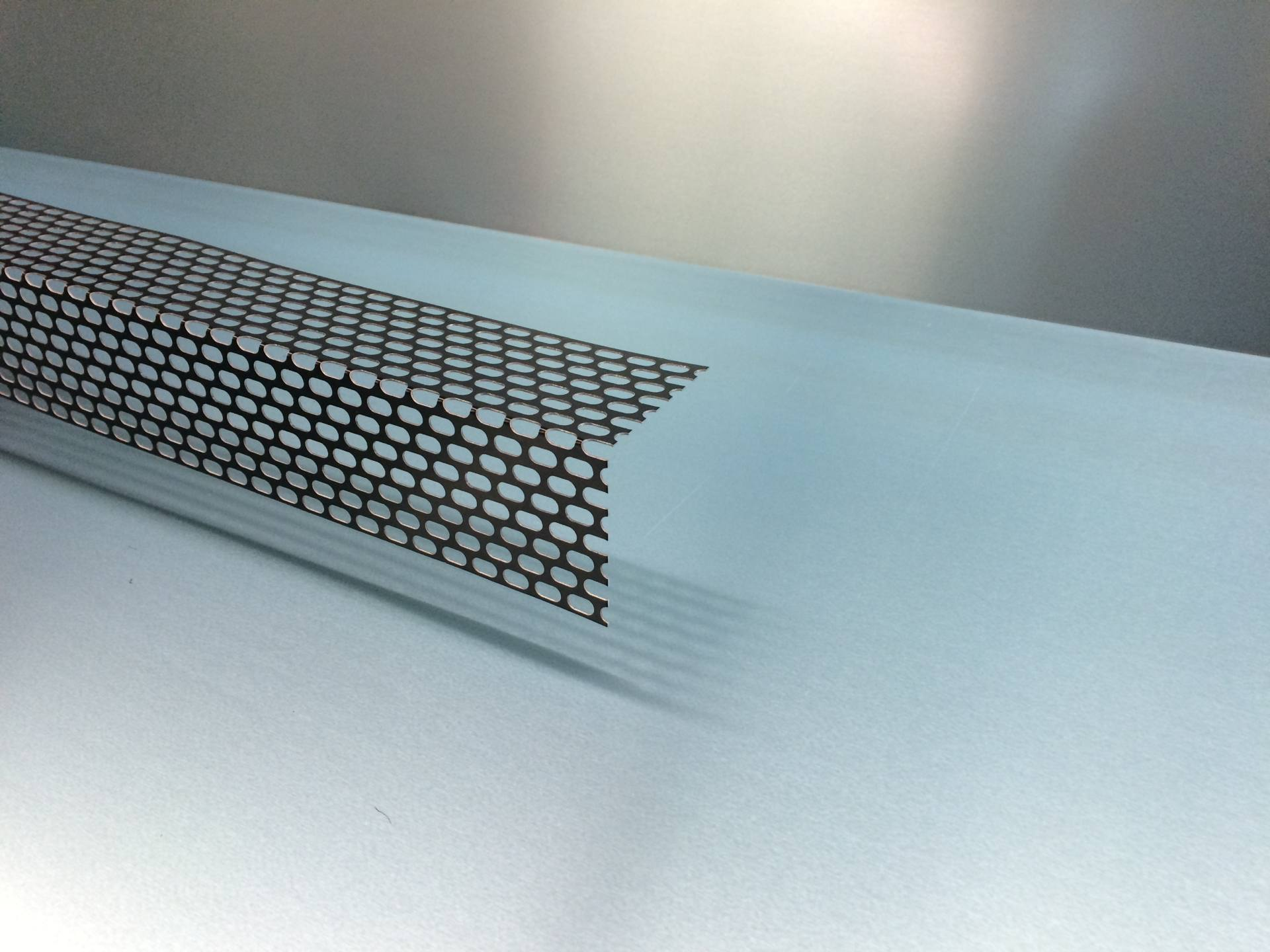 Lochblechwinkel Aluminium
