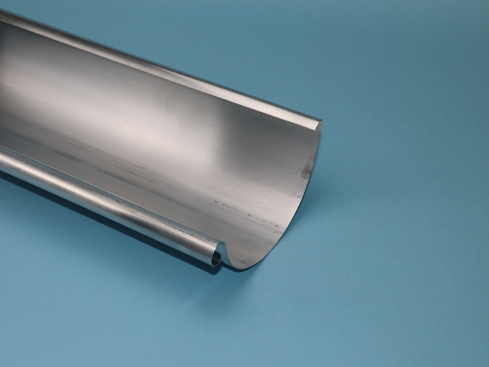 Dachrinne halbrund Aluminium, 3m lang, Größe auswählbar
