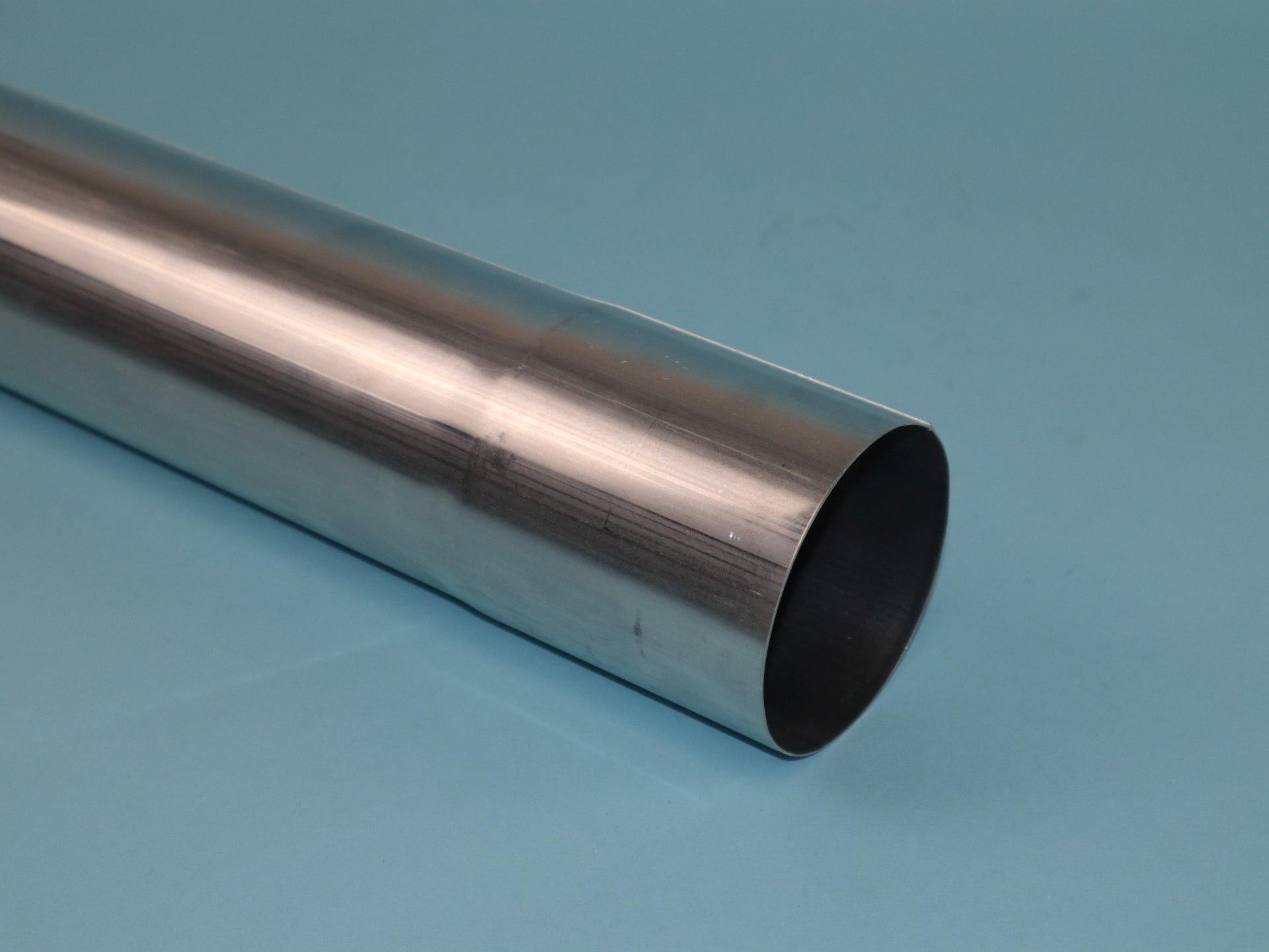 Fallrohr Aluminium mit einseitiger Muffe, 2m lang
